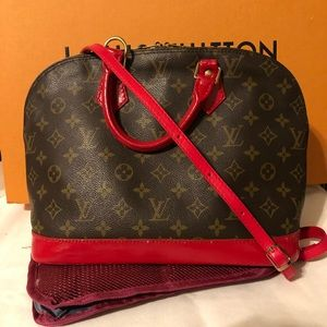 ❤️Authentic Louis Vuitton Monogram Alma purse